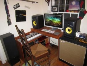 Amazing Top 7 Essentials For Setting Up A Home Recording Studio Iama Download Free Architecture Designs Aeocymadebymaigaardcom